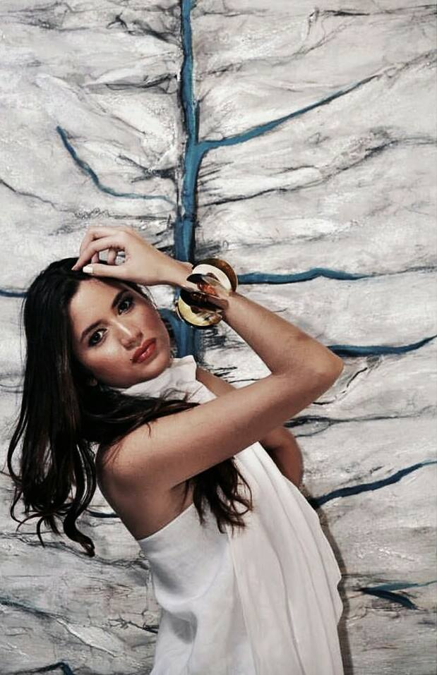 Carmen Muñoz Professional Model Composed/Arreglo, Sissy Bermudez - Photo Leo Díaz